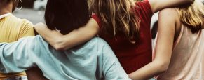 Meta-análisis: Ser compañeras o ser amigas en un bachillerato mexicano: prácticas situadas y género